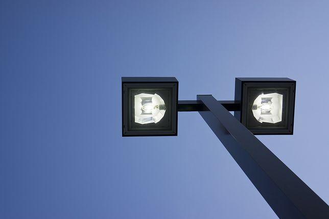 Śląskie. Ponad 7,6 tys. energooszczędnych opraw oświetleniowych ma zostać zainstalowanych w Bytomiu do końca 2021 roku.