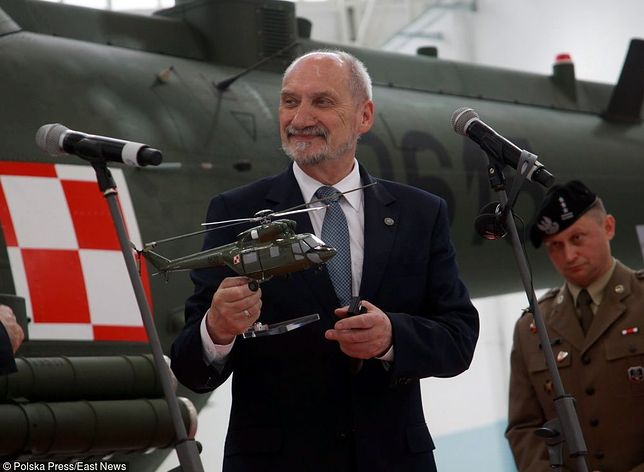 Płk Grochowski zdradza okoliczności, w jakich zakończył współpracę z Macierewiczem