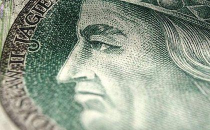 Walutowi trzej królowie. Tych władców Polacy oglądają najczęściej