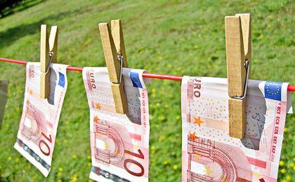 Cena euro w górę po publikacji danych Eurostat