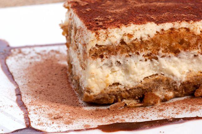 Ciasto bez pieczenia to idealny wybór na szybki deser