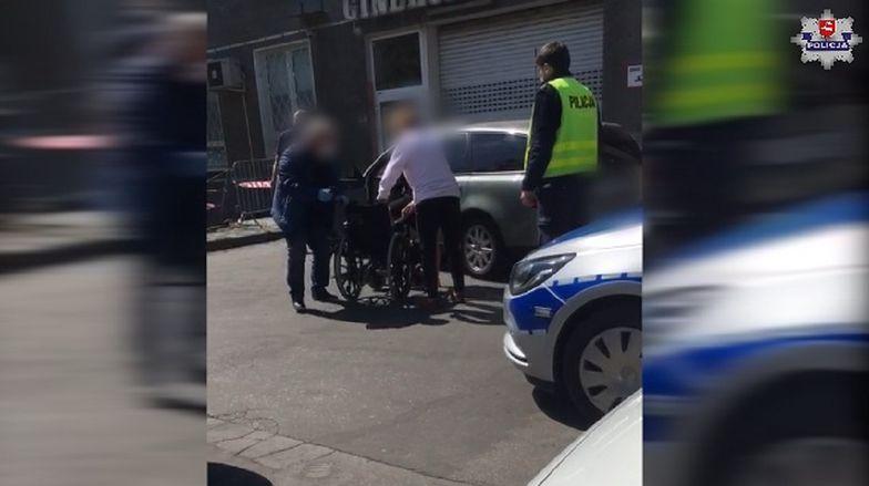 Lubelskie. Policja pomogła ciężarnej kobiecie. Eskortowali ją do szpitala ponad 100 km