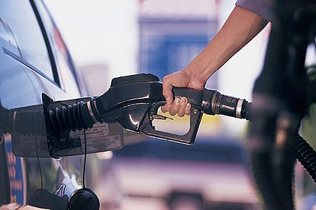 Już za trzy lata zaczniemy produkować benzynę ze spalin?