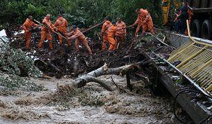 Krym pod wodą. Podtopione domy i zalane ulice. Jedna osoba nie żyje