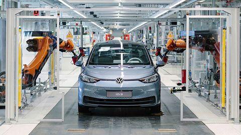 VW przyznaje, że oprogramowanie Tesli związane z autonomią jest najlepsze w branży