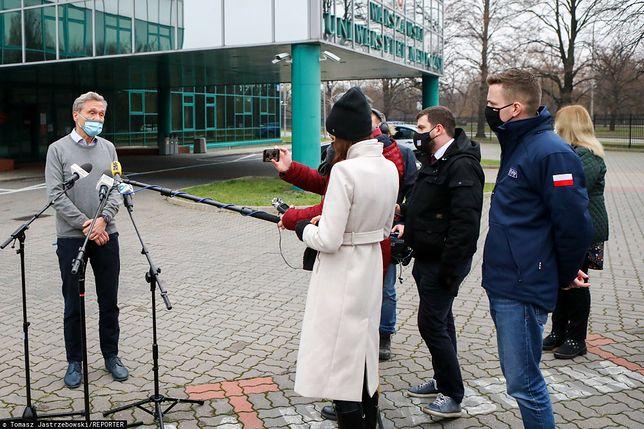 Decyzję w sprawie szefa uczelnianej komisji podjął rektor WUM prof. Zbigniew Gaciong