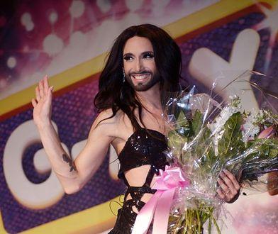 """Conchita Wurst zmieniła wizerunek. Teraz wygląda bardziej """"męsko""""?"""