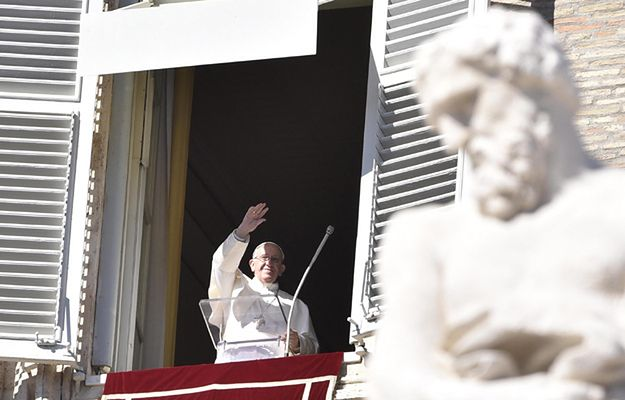 Papież wyraża bliskość z ludźmi dotkniętymi przez trzęsienie ziemi
