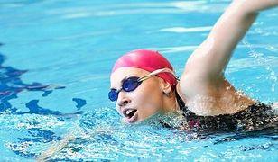 Okulary pływackie wpływają na komfort pływania zarówno w basenach, jak i naturalnych zbiornikach wodnych.