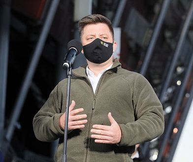 Michał Dworczyk powiedział, że zgłaszają się chętni do pracy w szpitalu na Stadionie Narodowym