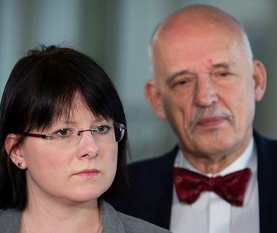 Kaja Godek i Janusz Korwin-Mikke - partnerzy w Konfederacji, choć dzieli ich wiele.