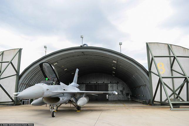 Według MON, program modernizacji samolotów F-16 jest przedmiotem bieżących analiz pod kątem zdolności operacyjnych