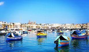 Charakterystyczne, tradycyjne łódki noszą nazwę luzzu.
