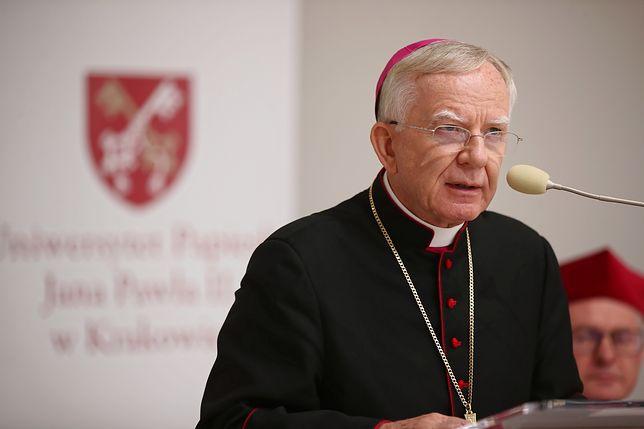 Kraków. Arcybiskup Marek Jędraszewski pozostanie w kapitule nagrody Cracoviae Merenti
