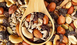 Włoskie, laskowe czy brazylijskie? Najlepsze rodzaje orzechów na diecie