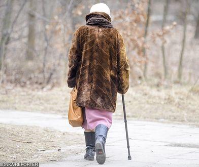 Druga młodość w wieku 61 lat. Pani Grażyna odeszła od toksycznego męża i chodzi na dyskoteki