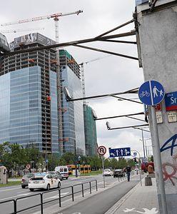 """Afera """"Srebrnej"""" i dwóch wież Kaczyńskiego. Tak prokuratura odmówiła wszczęcia śledztwa"""
