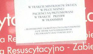 Kontrowersyjne ogłoszenie zawisło na drzwiach SOR-u w Ostrołęce