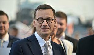 Premier śledził poczynania polskich siatkarzy w gronie rodzinnym