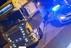 Pijany 32-latek wiózł żyletki do Niemiec