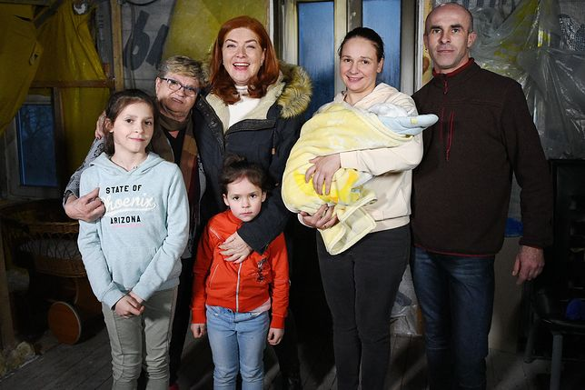 """Ich mieszkanie zostało zniszczone w pożarze. Ekipa """"Nasz nowy dom"""" ruszyła na pomoc"""