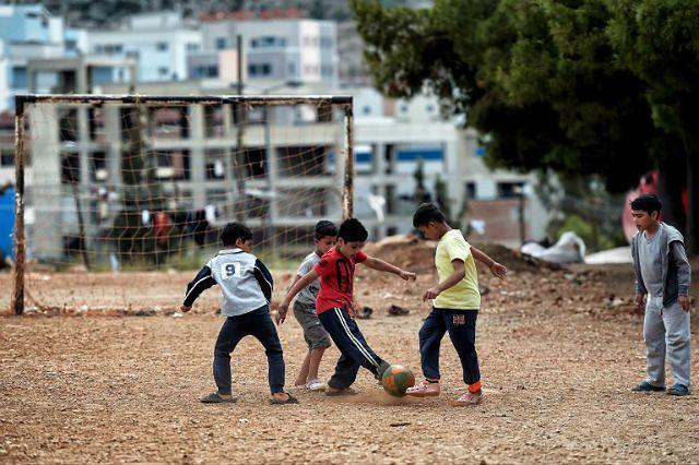 Islamiści kontra futbol. Ekstremiści z całego świata zakazują piłki nożnej i wymierzają ataki w jej fanów