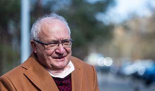 Koronawirus w Polsce. prof. Krzysztof Simon: podczas obchodów rocznicy katastrofy smoleńskiej doszło do ewidentnego złamania zasad sanitarnych