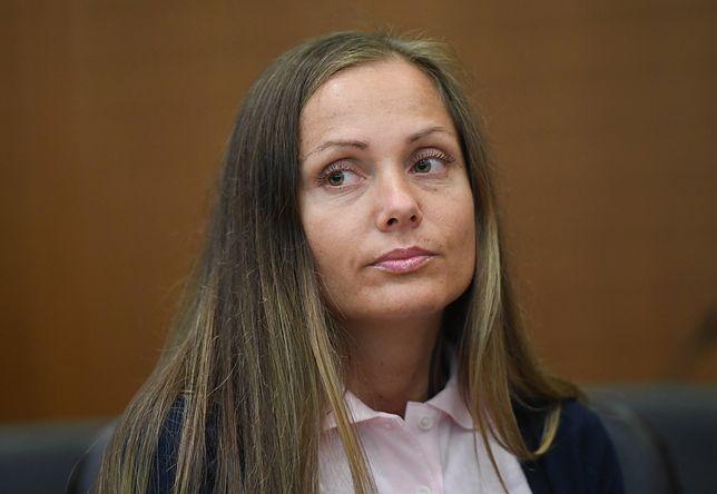Ewa Schwesta, raperka polskiego pochodzenia, przebywa obecnie w niemieckim zakładzie karnym. Kobieta urodzi swoje pierwsze dziecko w więzieniu.
