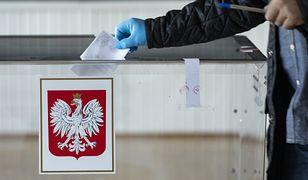 Przeprowadzenie wyborów prezydenckich w środku epidemii koronawirusa budzi olbrzymie kontrowersje.