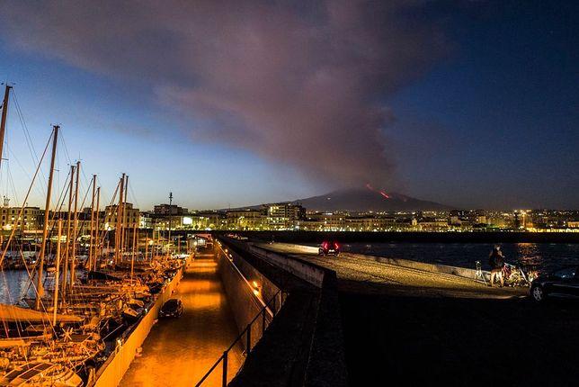 Erupcja wulkanu Etna 16 lutego 2021 r.