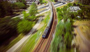 Podróżując pociągiem należy zadbać o bezpieczeństwo swoje i innych osób