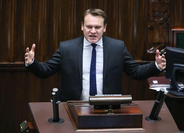 Dominik Tarczyński: Cimoszewicz jest tchórzem, a jego ojciec był sadystą. Czekam aż mnie pozwie