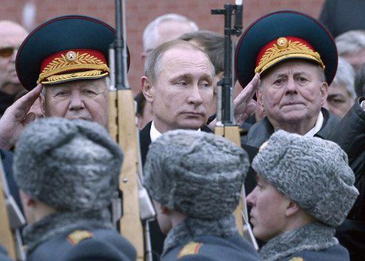 """""""Do Rzeczy"""": Putin może sięgnąć po broń atomową"""