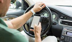 Korzystanie z telefonu za kierownicą jest śmiertelnie niebezpieczne
