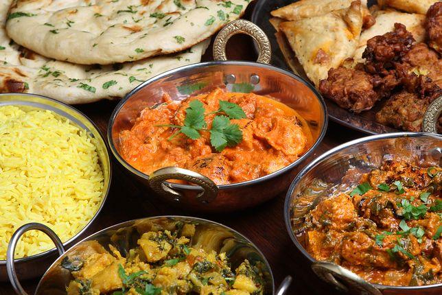 Kuchnia indyjska cechuje się różnorodnością, bogactwem przypraw i smaków. Przepisy kuchni indyjskiej