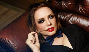 Wieczorowy makijaż smokey eyes to coś  również na gorącą randkę