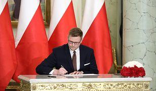 """Michał Woś ministrem """"od lewactwa""""? Politycy prawicy kluczą"""