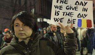 """Protest antyrządowy w Bukareszcie. """"Dzień, w którym się poddamy, będzie dniem naszej śmierci"""""""