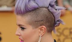 Awangardowa fryzura Kelly Osbourne