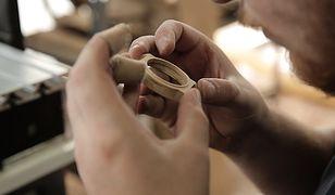 Pomysł na biznes: Okulary i zegarki z drewna