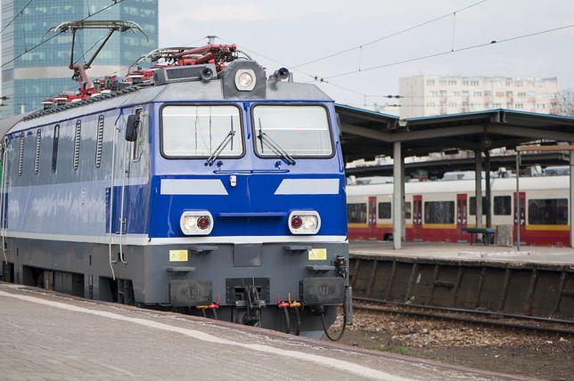 Pociąg zatrzymany z powodu uciążliwych pasażerów