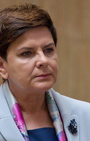 """Jan Paweł II. Była premier Beata Szydło zapewniła, że warto """"razem z Nim modlić się o Polskę i Polaków"""