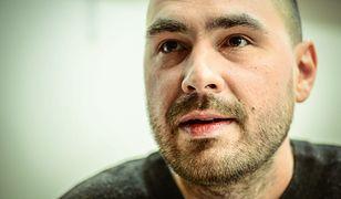 Jakub Żulczyk: Też jestem przyssany do szlaucha z informacjami. Ale polecam spacery po lesie