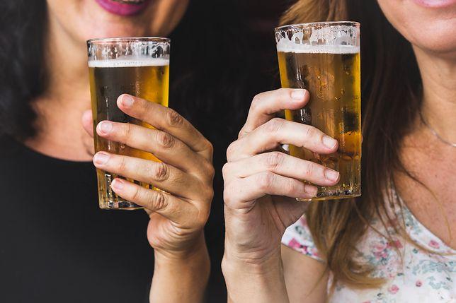 Piwa bezalkoholowe coraz bardziej popularne wśród Polaków