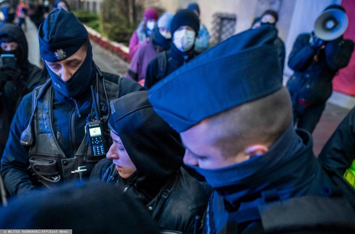 Zatrzymanie dziennikarki podczas Strajku Kobiet