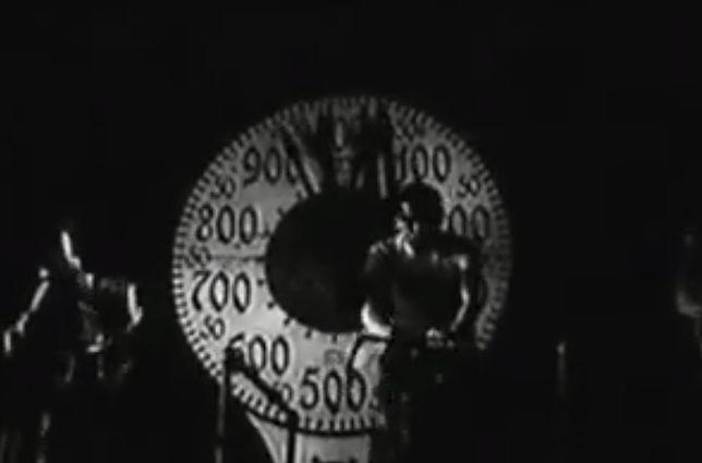 Zawody kolarskie na rolkach, Warszawa 1936 [WIDEO]