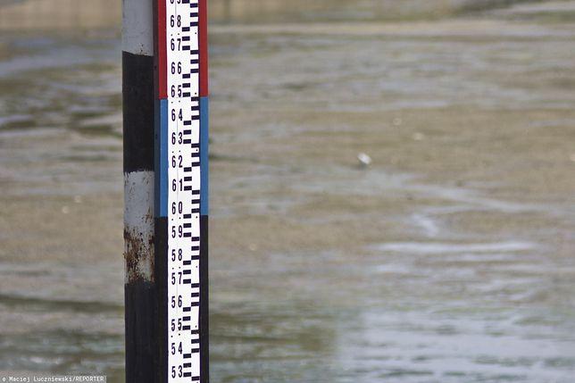 Groźnie nad Odrą. Ostrzeżenia IMGW 2. stopnia na Pomorzu
