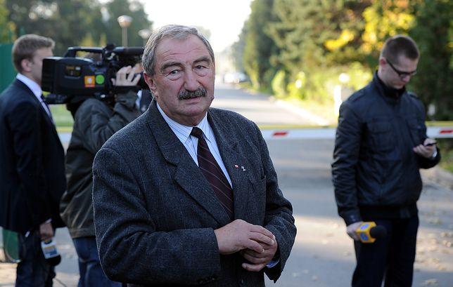 """Poseł PiS Andrzej Melak uważa, że """"Medaliony"""" wprowadzają w błąd"""