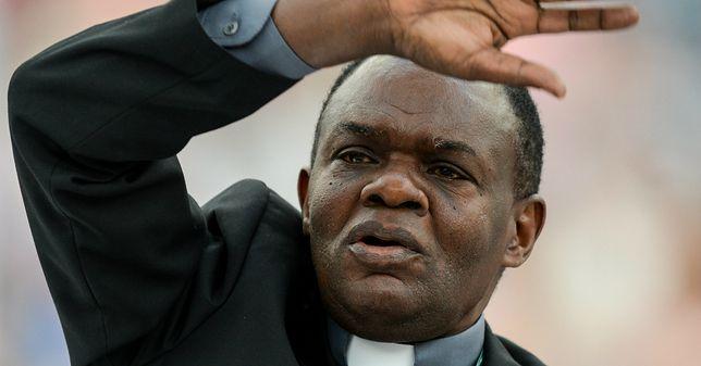 Rozpoczęły się rekolekcje z ojcem Johnem Bashoborą na Stadionie Narodowym