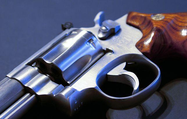 Łatwiejszy dostęp do broni? Biuro Bezpieczeństwa Narodowego jest za
